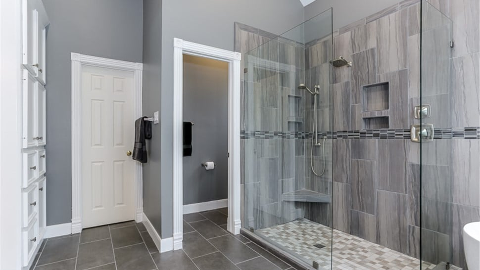 Tub To Shower Conversions Dwr Construction